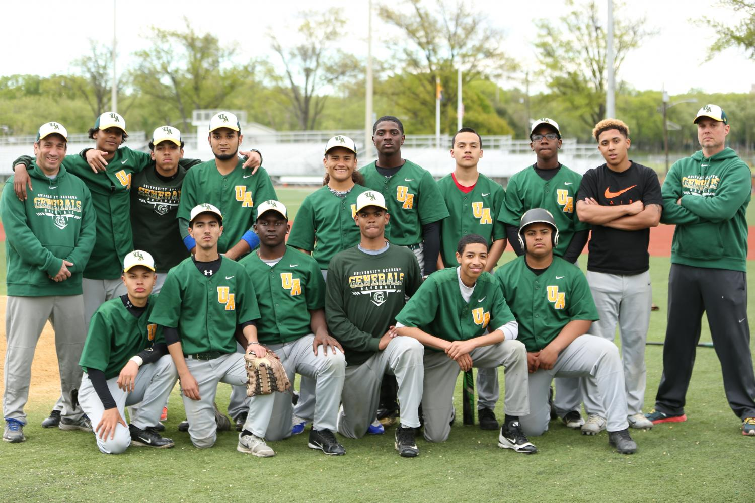 The+Generals+pose+for+their+team+photo.+The+baseball+team+ended+the+season+with+a+record+of+2-17.